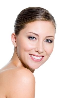 Os Melhores Produtos para Manter o seu Rosto Saudável e sem Rugas