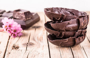 Como comer chocolate na páscoa