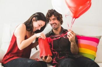 Comemore o dia dos namorados com a Farmácia Eficácia