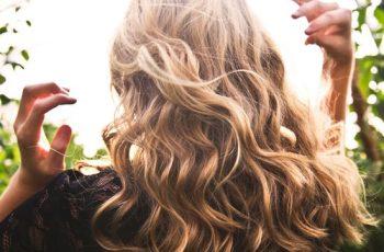 Os cuidados para os cabelos no verão 2019