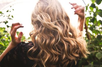 Conheça os tipos de loções para queda de cabelo