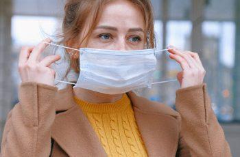 Os principais erros na hora de usar máscara de proteção