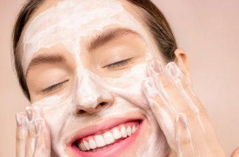 Saiba como manter a pele do rosto saudável no inverno