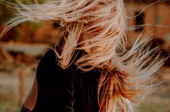 As principais causas da queda de cabelo